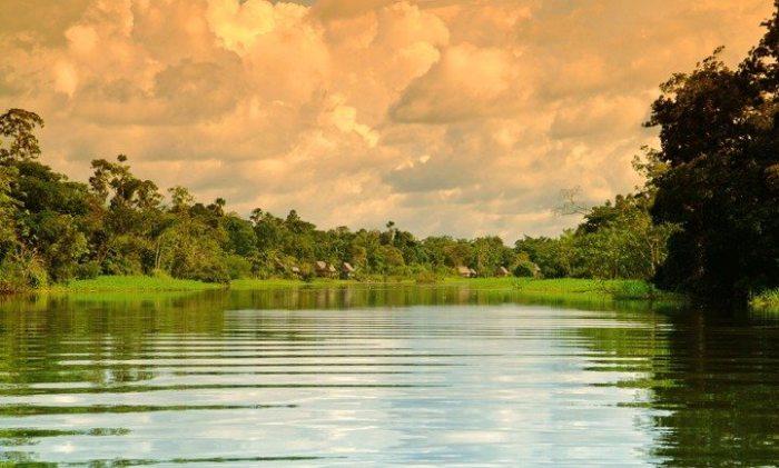 Dawn-at-the-Amazon-Peru-e1432230319739