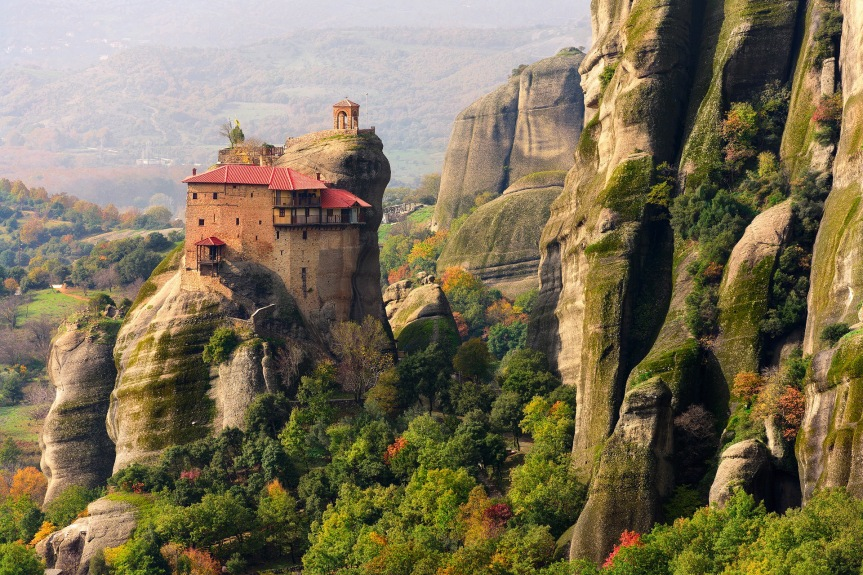 Smooth-cliffs-of-Meteoras-(Greece)