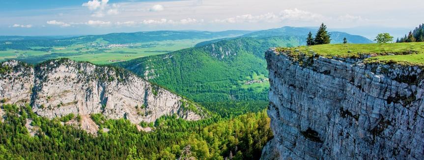 camping-jura-1-pano_principal_page_region_portail