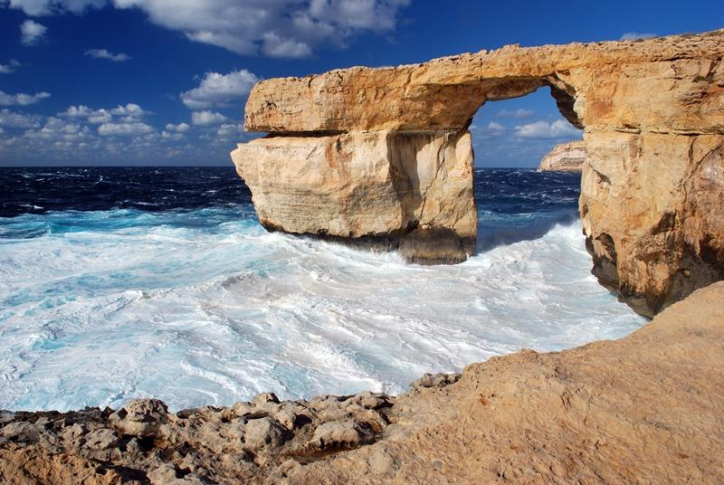 Gozo-Azzure-window